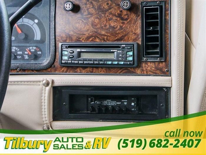 1997 Tiffin Allegro Bus Photo 14 of 15